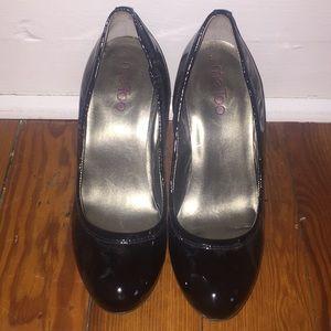 Women's 6.5 Me Too heels